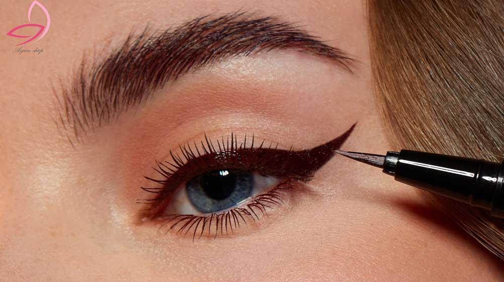 خط چشم ماژیکی لچیک Le Chic